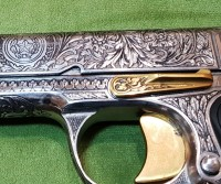Деактивированный пистолет Гравированный Люкс изготовлен для ВИП-Шереметьево