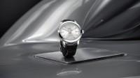 Фото: Новые Ingenieur Automatic в ретро-стиле – часы 40 мм с тремя стрелками и небольшим оконцем с датой на три часа