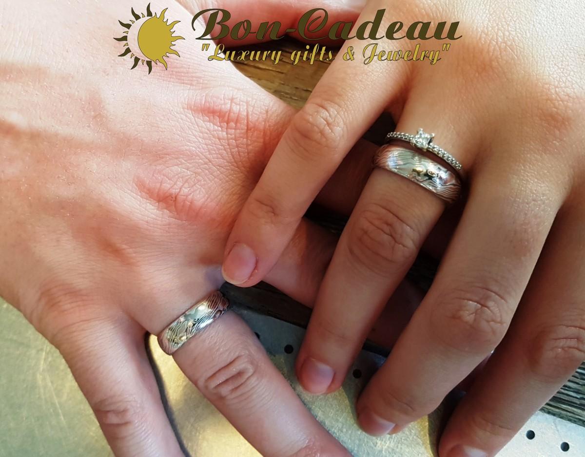 кольцо мокуме на руке
