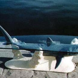 """Дизайнерский стол """"Акула"""""""