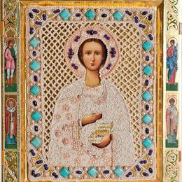 """Икона с жемчугом """"Святой Целитель Пантелеимон"""""""