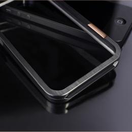 Черный титановый бампер для iPhone 5