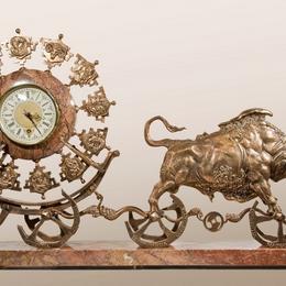 Часы Колесница золотого тельца