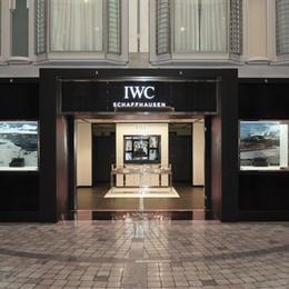Часовой бутик IWC на океанском лайнере