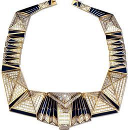 Бриллиантовые украшения и ожерелья