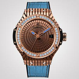 Часы «Lady 305» произвели ажиотаж в Майами