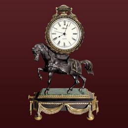 """Часы из бронзы """"Конь"""""""