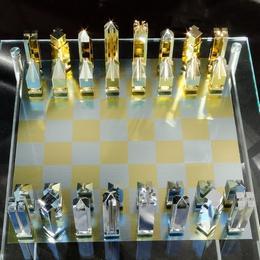 Эксклюзивные позолоченные шахматы