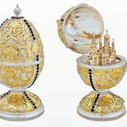 Пасхальное яйцо с храмом