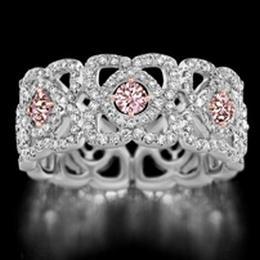 Цветные бриллианты – фавориты моды