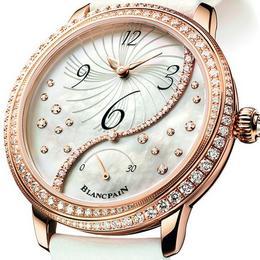 Blancpain представляет новую модель дамских часов, украшенную бриллиантами