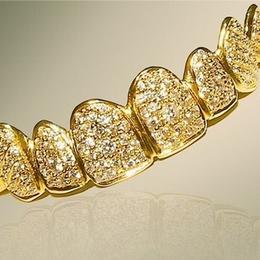 Ювелирная стоматология: золото и бриллианты