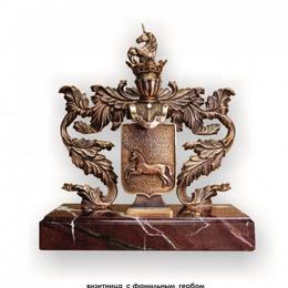 Визитница с фамильным гербом