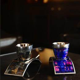 Deviehl, создатели идеальных чашек для кофе, представляют Arusha – уникальную коллекцию шедевров с ручной росписью