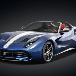 Ferrari представляет ограниченный тираж F60 America, выпущенный в честь 60-летнего пребывания бренда в Северной Америке