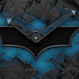 Romain Jerome выпускает часы в честь 75-летия Бэтмена