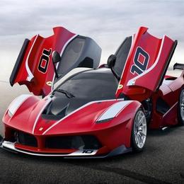Ferrari представляет свой самый экстремальный автомобиль FXX K с мощностью 1035 л.с.