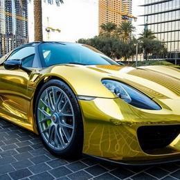 В Саудовской Аравии замечен первый хромированный и позолоченный Porsche 918 Spyder