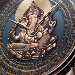 Индуистский бог Ганеша на циферблате часов Blancpain Shacudo