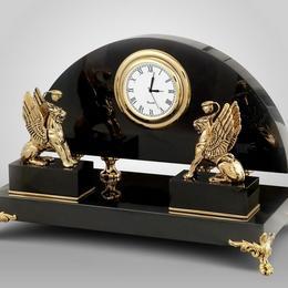 """Часы """"Два Грифончика"""""""