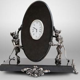 """Часы из нефрита и серебра """"Чертово время"""""""