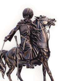 Скульптура Кавказский воин