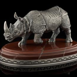 Носорог из серебра