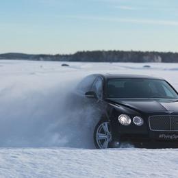 Bentley тестирует внедорожник Bentayga