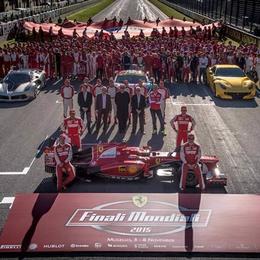 Ferrari F12 TdF испытали на трассе Mugello Circuit