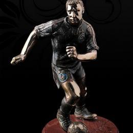 Как выбрать подарок на Всемирный день футболиста?
