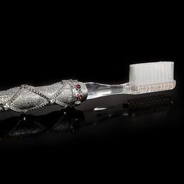 """Зубная щетка из серебра """"Сильвер-премиум"""""""