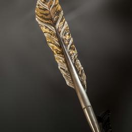Ручка-перо с бриллиантами