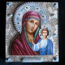 Значение иконы «Казанская Богоматерь» и в чем она помогает?