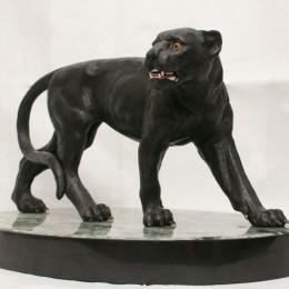 Пантера из камня (долерит, L=45 см)