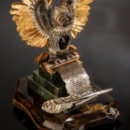 «Мудрая сова Соломона» с пером