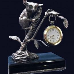 Настольные часы «Лемур», настольные изделия
