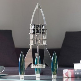 MB&F DESTINATION MOON – часы в виде ракеты