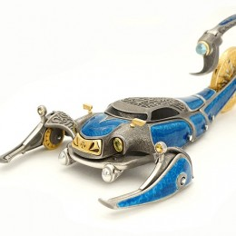 Техно-скорпион (серебро, эмаль, hi-tech)