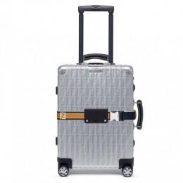 Алюминиевый чемодан от Rimowa и Fendi выдержит любое путешествие