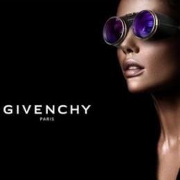 VR-очки от Givenchy