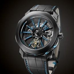 Люминесцентные часы Bulgari Octo Tourbillon Sapphire с синими акцентами