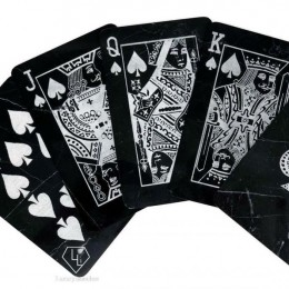 Первые в мире карты для покера… из мрамора