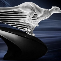 Lalique and McLaren представили скульптуры Essence of Speed Collection
