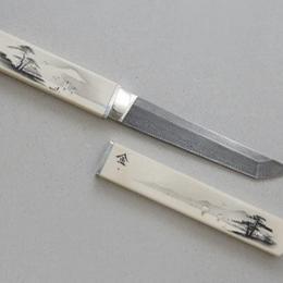 Нож с японской тематикой