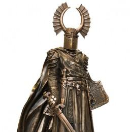 Скульптура из бронзы Крестоносец