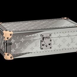 Louis Vuitton представил роскошный кейс для часов