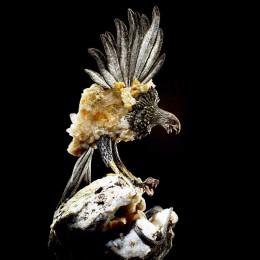 Скульптура Сокол (серебро, друза агата)