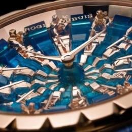 Roger Dubuis часы в честь короля Артура и его рыцарей круглого стола