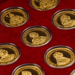 Коллекция жетонов Правители России от Рюрика до Путина