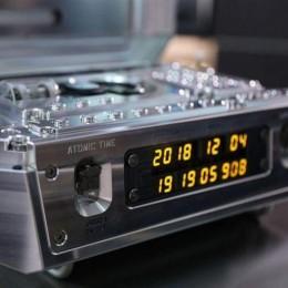Последнее творение Urwerk – настольные атомные часы стоимостью 2,7 миллиона долларов